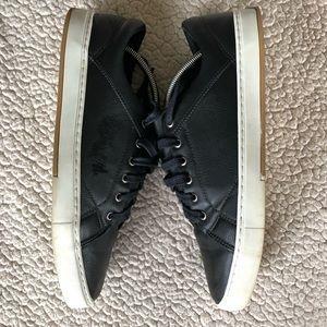 Satinato Shoes - Satinato Fashion Sneakers Crafted in Brazil EUC